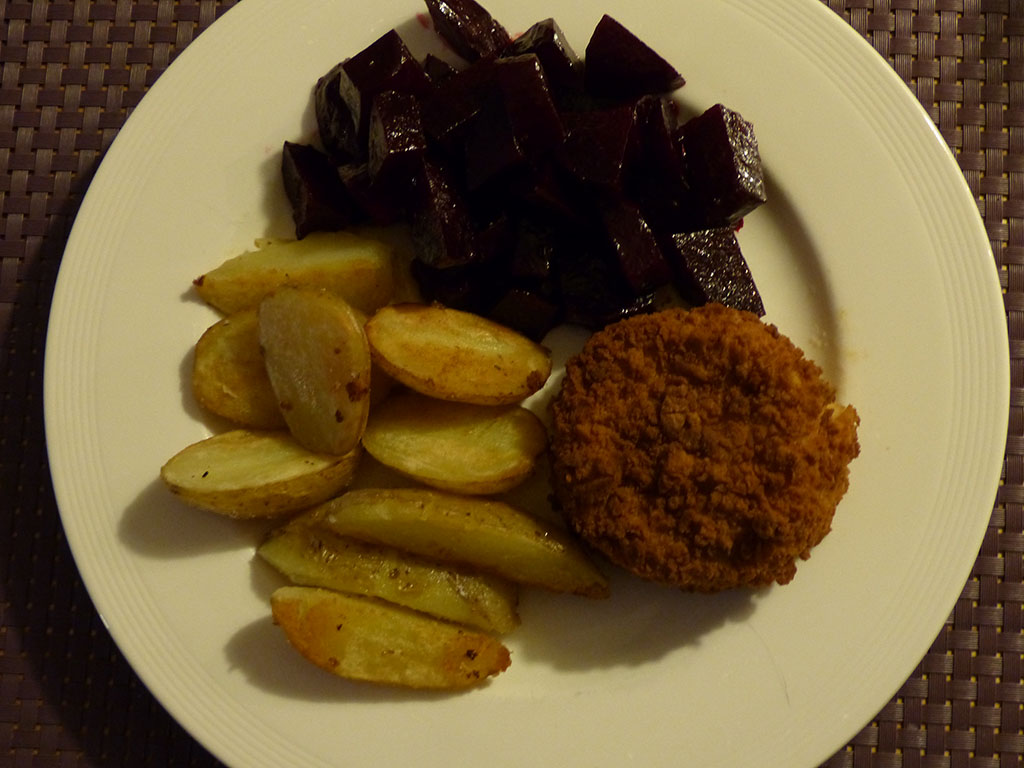 Beetroot with fishcakes