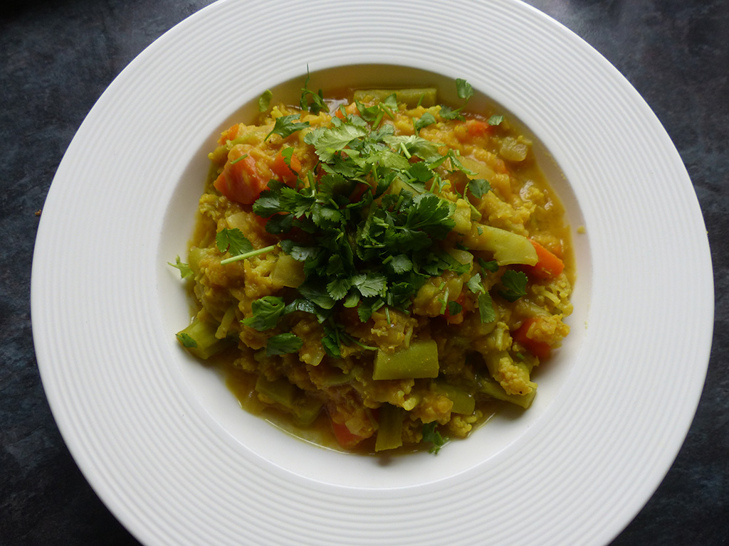 Cauliflower & Carrot Curry